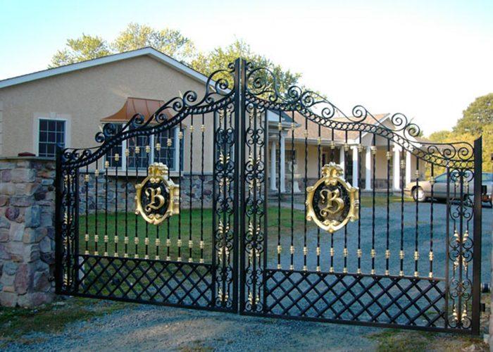Lüks Ferforje Bahçe Kapı Modeli