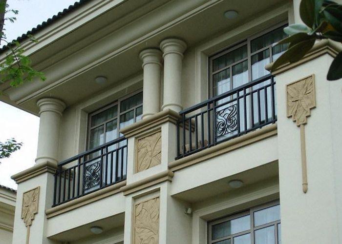 Camlı Ferforje Balkon Korkuluk Modeli