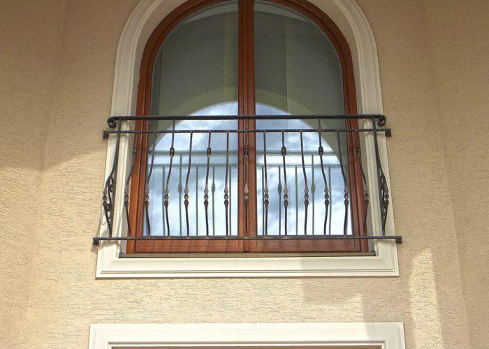 oval-kivrimli-ferforje-pencere-korkuluk-modeli-fpk-110