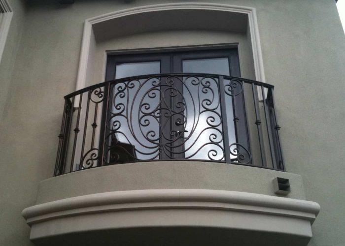 kivrimli-detayli-ferforje-pencere-korkuluk-modeli