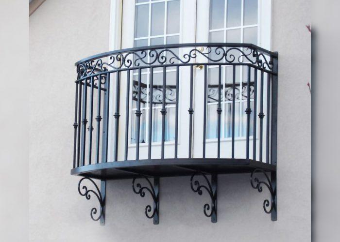 düz-klasik-ferforje-balkon-korkulugu
