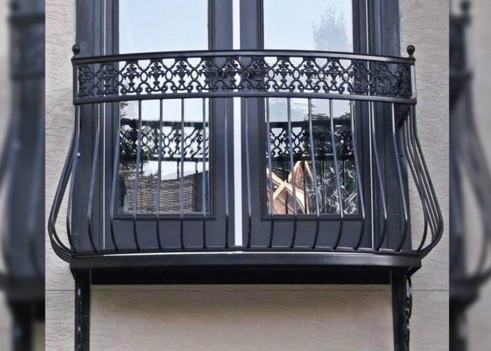 kraliyet-tasarimli-ferforje-pencere-korkuluk-modeli