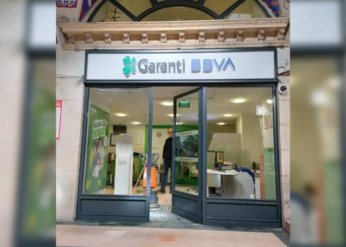 garanti-bbwa-ferforje-mağza-cam-modeli
