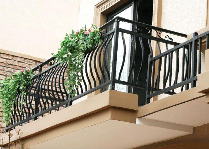 oval-kalin-ferforje-balkon-korkulugu